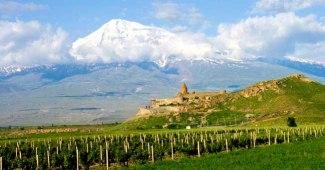 Il monastero di Khor Virap, nell'Armenia meridionale.