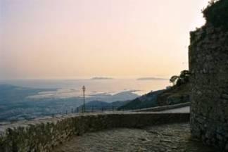 La città e le saline di Trapani viste dal Castello Normanno di Erice.