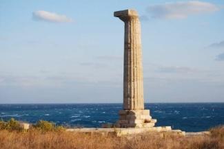 Capo Colonna, con i resti del tempio di Hera Lacinia.